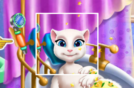 Pregnant Kitty Spa
